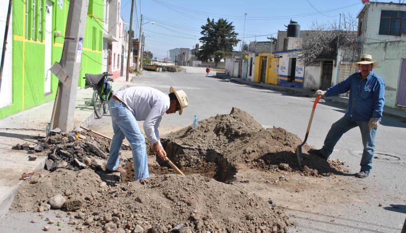 CAPAM repara línea que contaminaba el agua potable en 2 comunidades