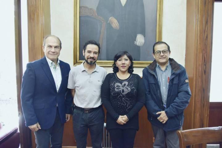 Se reúne Anabell Ávalos con representantes de Canirac