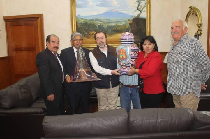 Recibe alcaldesa de Tlaxcala al cónsul general de España en México