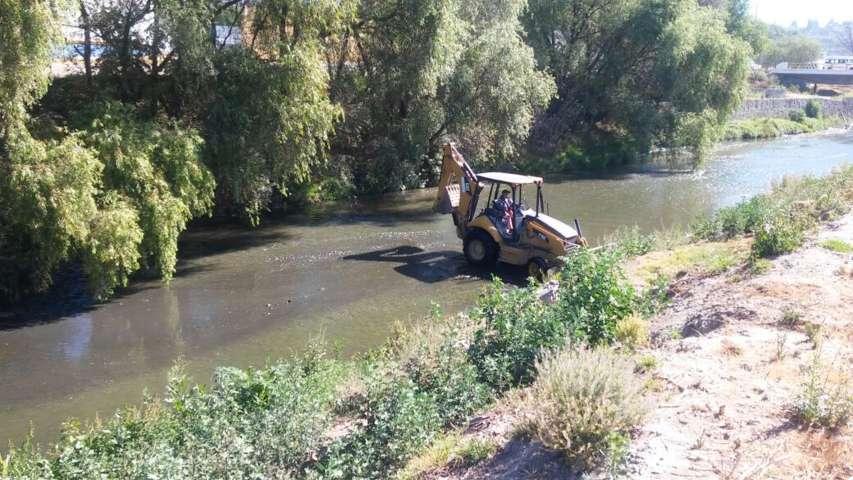 Inicia Gobierno del Estado trabajos de desazolve del Río Zahuapan