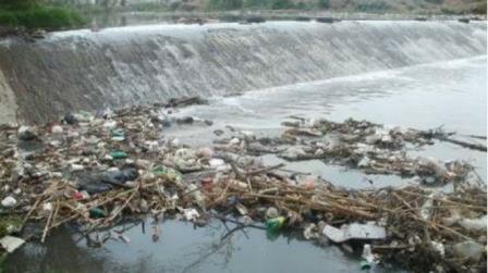 Tlaxcala y Puebla incumplen con saneamiento del río Atoyac