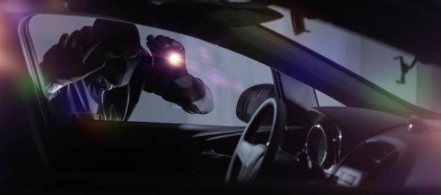 En 10 minutos ladrones se llevan camioneta en Chiautempan