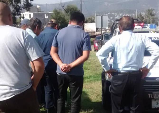Despojan a menor de su celular en Cuauhtelulpan; policía logra detener a ladrones