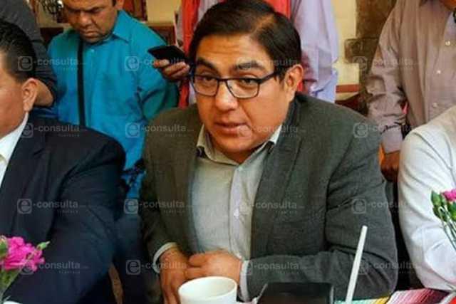 Alcalde teporochin lo repudian en Totolac por su ineptitud