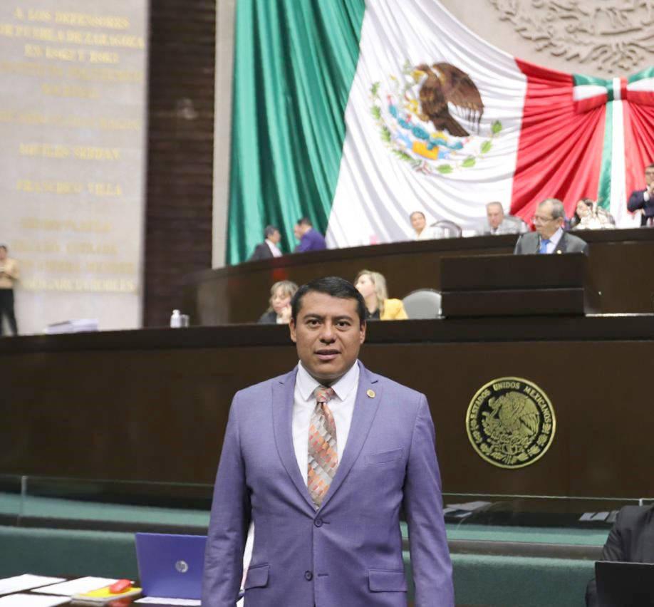 """Reducir diputados """"pluris"""" y crear los de Primera Minoría, propone Rubén Terán"""