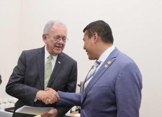 Diputado ambicioso pide su calaverita para Tlaxcala