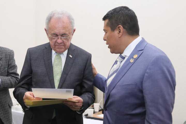 Gestiona recursos Rubén Terán ante la SCT para Tlaxcala