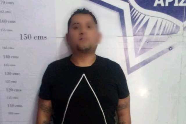En persecución, asegura policía de Apizaco a sujeto por robo