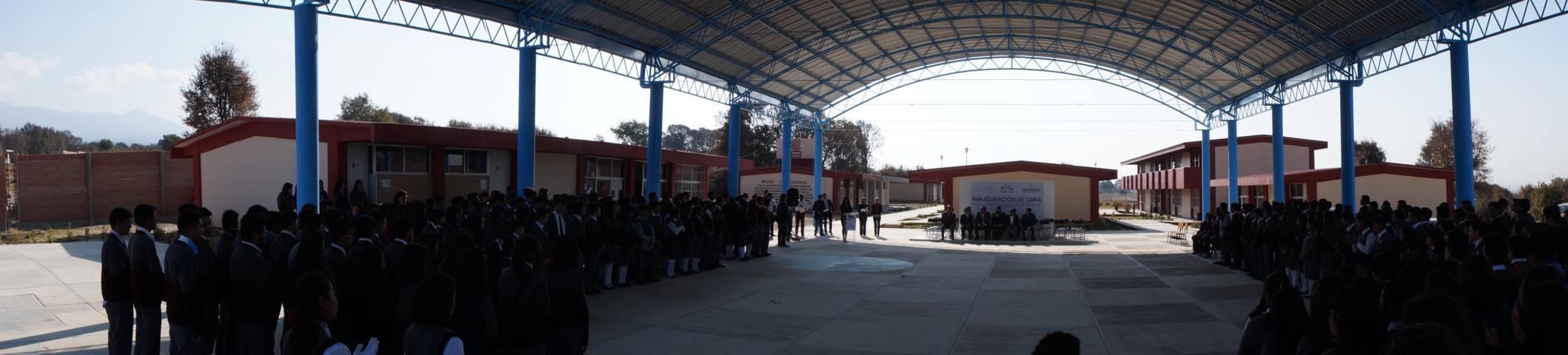 Gobierno Municipal entrega techumbre a Cobat #23 en San Pablo del Monte