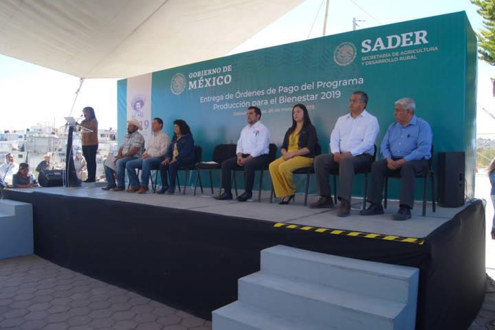 Calpulalpan fue sede de la entrega de más de 5 mil apoyos a productores