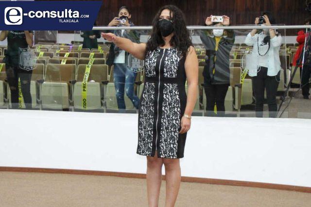 Nombra Congreso a Elizabeth Olivares como integrante del SAET