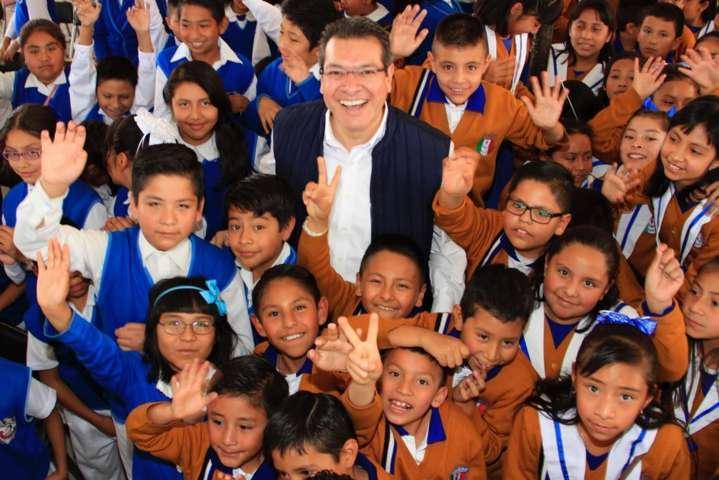 Educación para ser una sociedad exitosa: Marco Mena