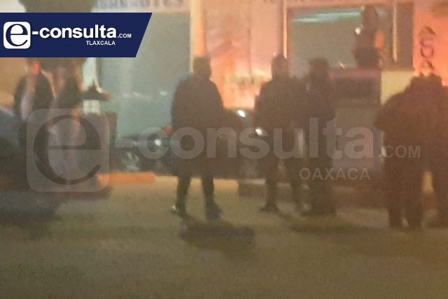 El colmo de la inseguridad; hombres armados someten a policías en Acuamanala