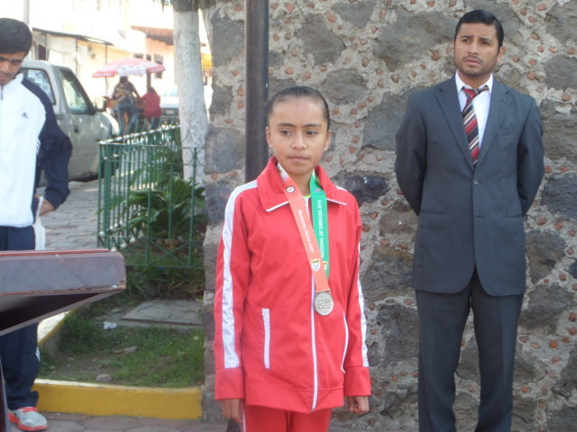 Gimnasta tetlense obtiene segundo lugar a nivel nacional