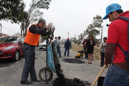 Alcalde bachea carretera Santa Cruz Tlaxcala- Apizaco