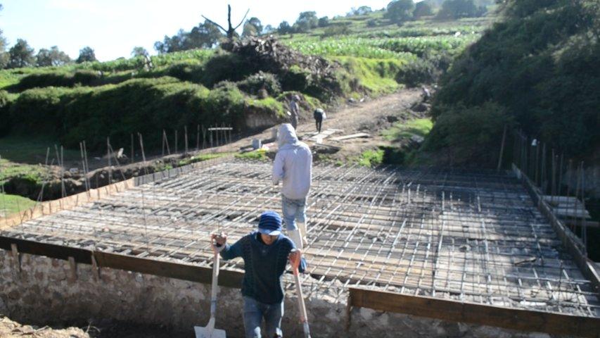 Alcalde mejora la vialidad entre San Salvador y Ahuashuatepec con un puente