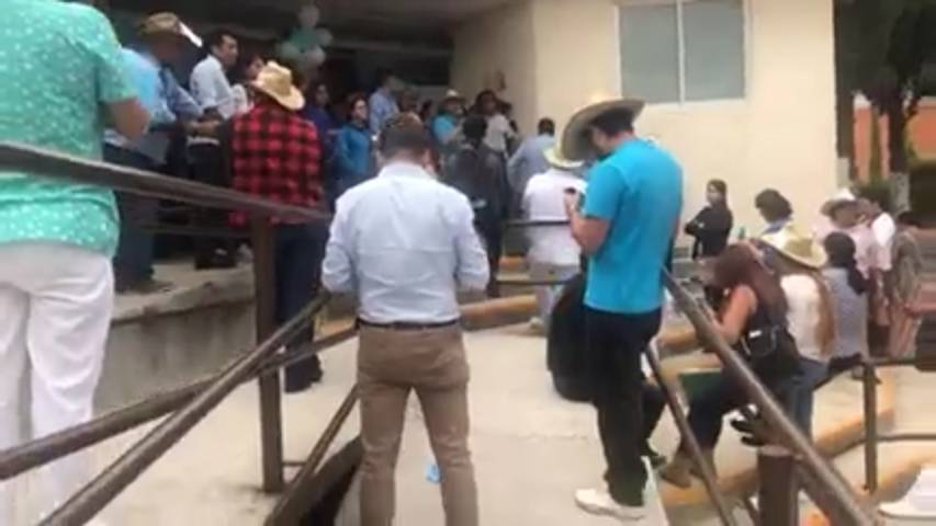 No a la imposición gritan en oficinas sindicales del IMSS