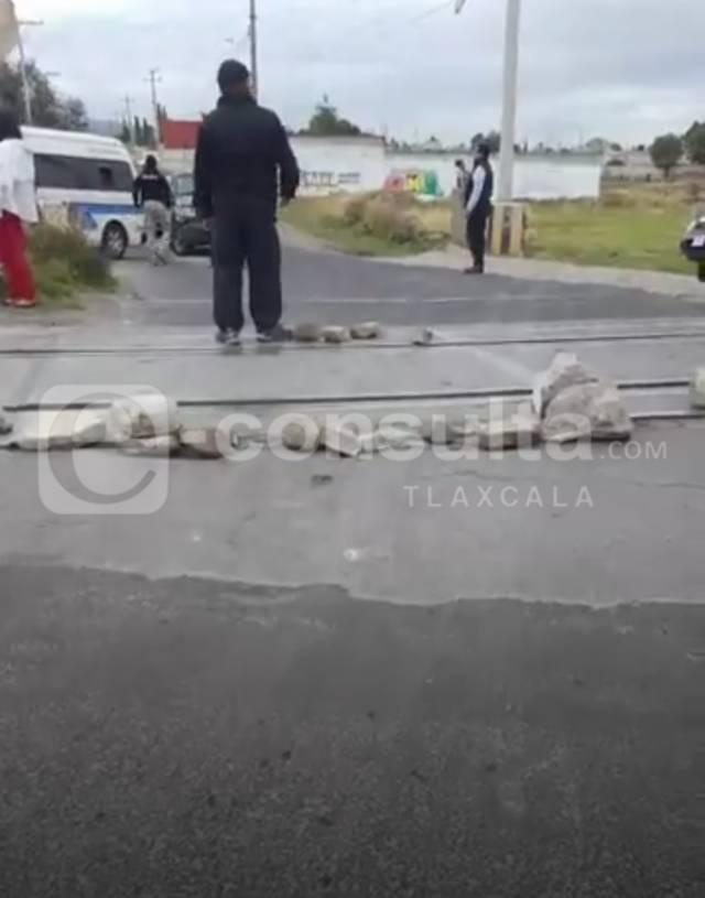Conflicto por invasión de rutas en límites de Quilehtla