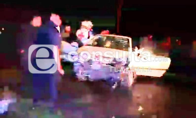 Aparatoso choque en Chiautempan deja una mujer lesionada