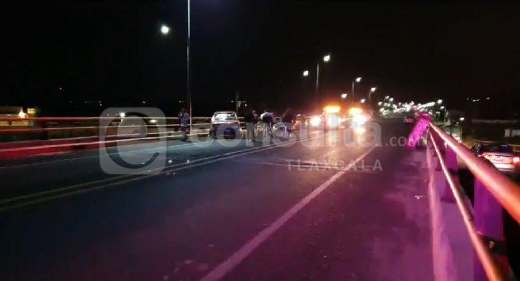 Una menor de edad lesionada por aparatoso choque en Zacatelco