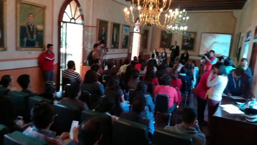 Vincula capital a jóvenes emprendedores con Secretaría de Economía