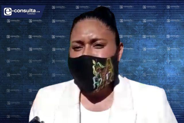 Ana Lilia Rivera da show en Congreso y en el Senado calla