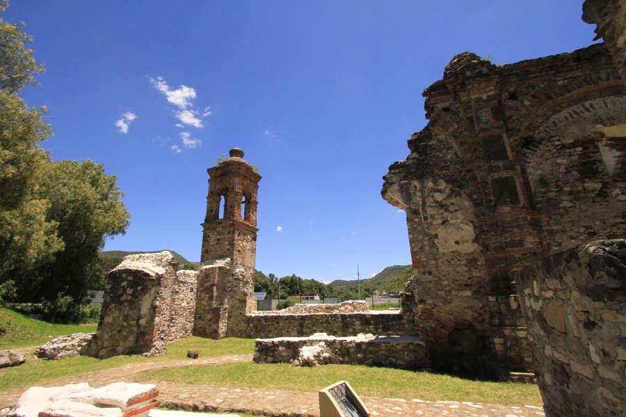 Inica rescate del Ex Convento de las Nieves en Totolac