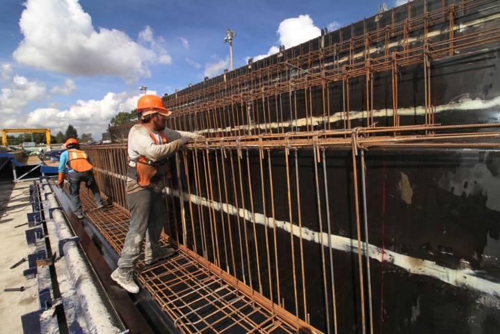 Avanza construcción de piezas de graderío del Estadio Tlahuicole