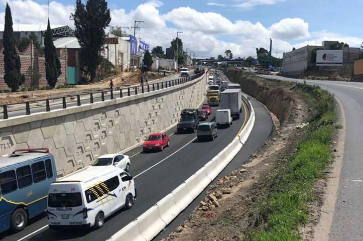 Abre Secoduvi paso deprimido en el puente de hospitales de la carretera Tlaxcala-Apizaco
