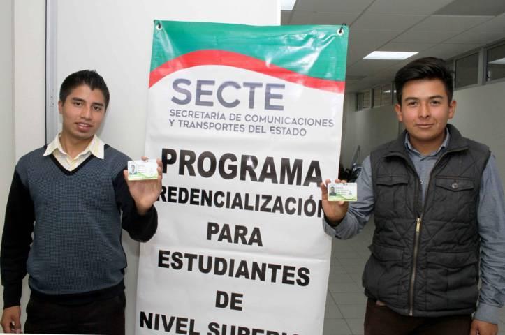 Entrega Secte 200 credenciales de descuento a estudiantes de la UTT