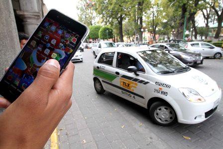 Inicia operación plataforma para ofrecer servicio de taxi