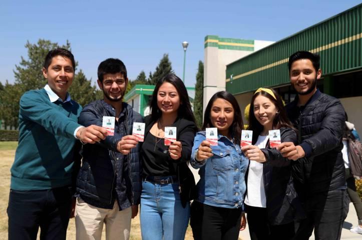 Apoya Secte a 750 estudiantes del Tecnológico de Apizaco con credenciales de descuento