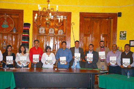 Invitan a artesanos y a alcaldes a participar en eventos nacionales