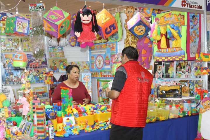 Promueven 68 empresas locales sus productos en la Expo Industrial: Sedeco