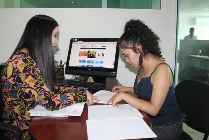 Presenta Sedeco convocatoria para becas Conacyt de doctorado en el extranjero