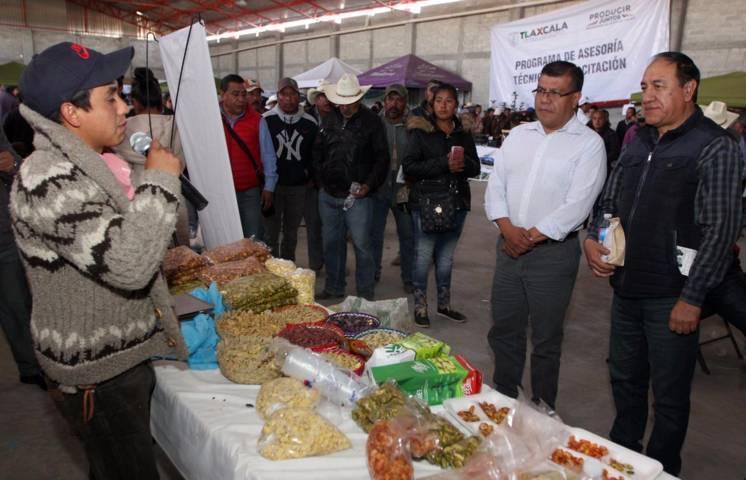 Realiza SEFOA foro sobre capacitación a productores y extensionismo de granos básicos