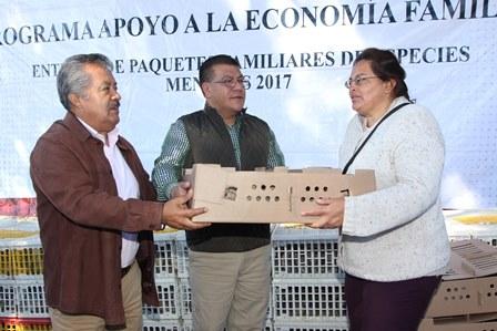 Entrega Sefoa paquetes de codornices en Ixtacuixtla