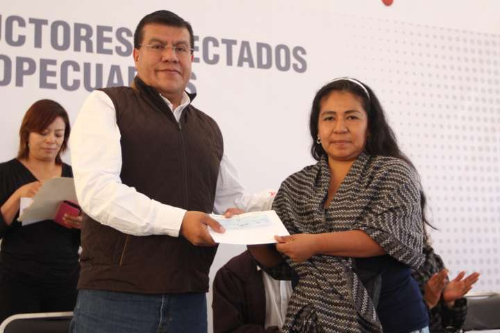 Apoya Gobierno del Estado a 385 agricultores con el seguro catastrófico