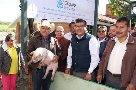 Sefoa, Sagarpa y empresario apoyan a productores de Tlaxcala