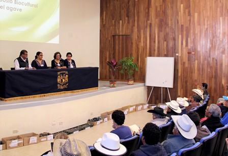 Sefoa y UNAM impulsan desarrollo de la investigación sobre el maguey