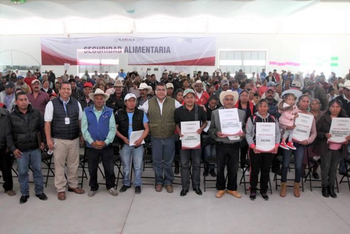 Beneficia PESA a más de dos mil familias tlaxcaltecas