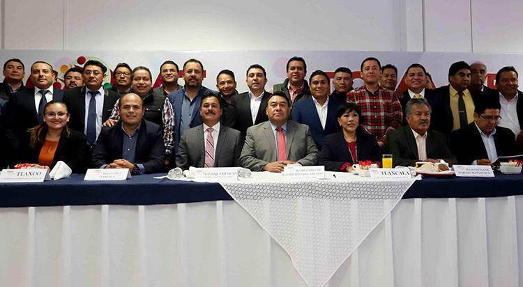 Asociación de alcaldes buscaría fines políticos