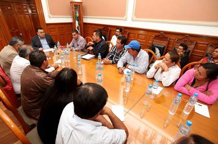 Invita Segob a transportistas a mantener la paz y el diálogo