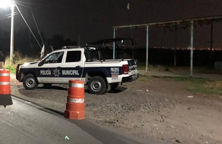 Policía municipal detienen a 3 sujetos por alterar el orden en la vía publica