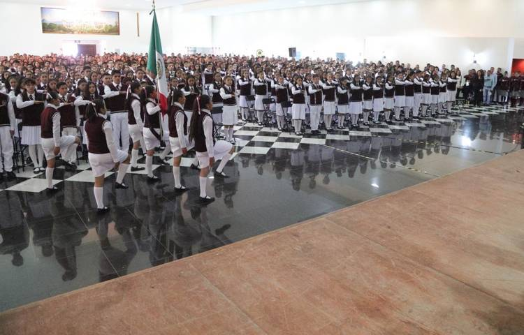 Reconoce SEPE a 302 alumnos de secundarias técnicas por excelencia y mérito académico