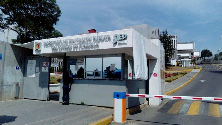 Investigan lesión a menor de edad en secundaria de Tequexquitla