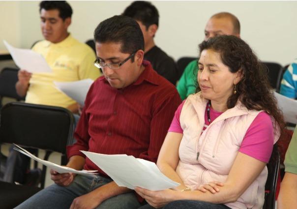 Promueven programa de intercambio de maestros México-EU