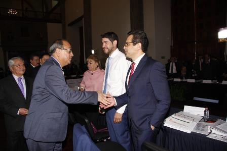 Aplaude Camacho trabajo de SEP federal para mejorar calidad educativa