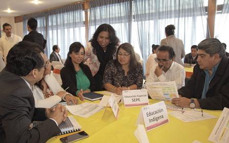 Presentan autoridades educativas Plan de Trabajo del SATE