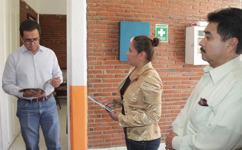 Visita MCH escuelas en Tenancingo y Españita; supervisar entrega de libros